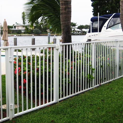 Aluminum fencing and gates in South Florida