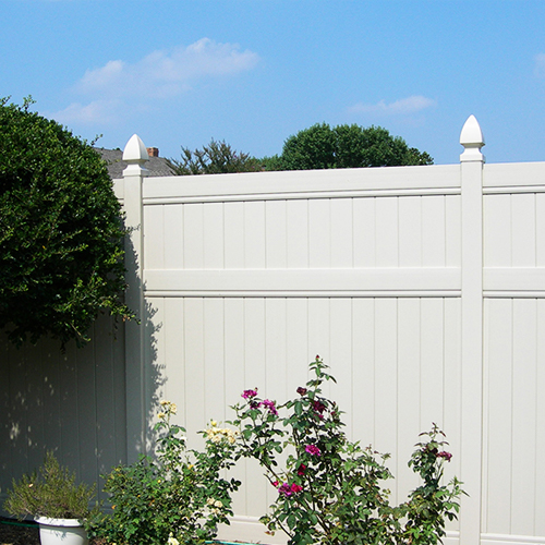 Vinyl fencing and gates in South Florida